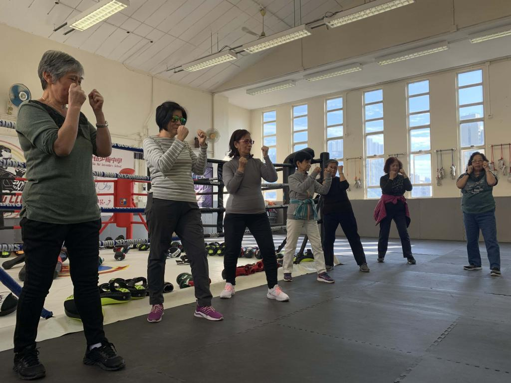 Fight for the infinite possibility! Elderly learning Thai-boxing with teens