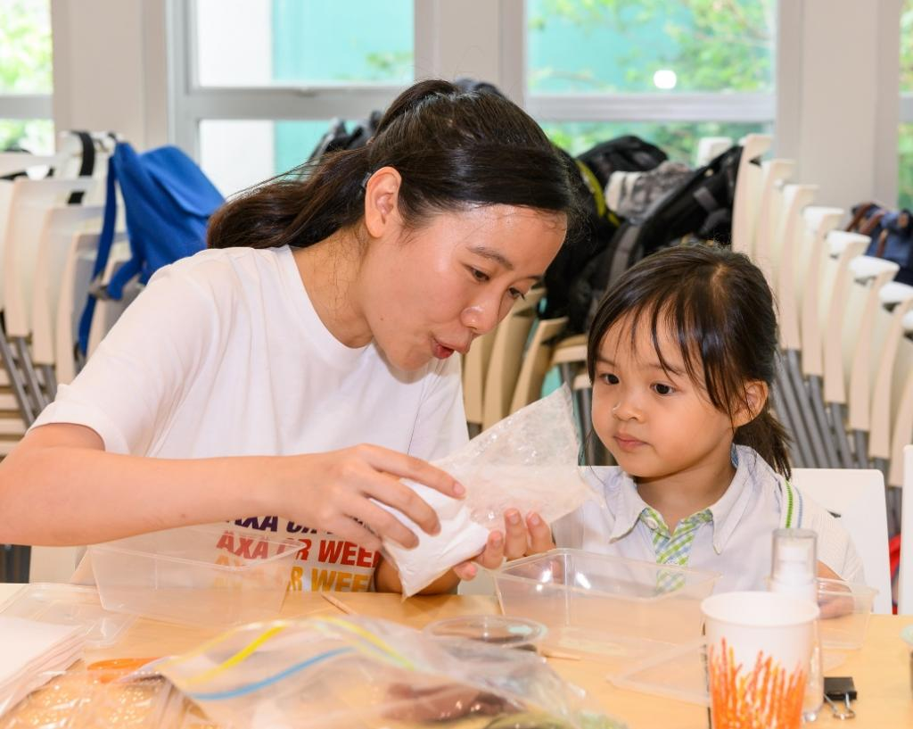 AXA Foundation promoted healthy living to HKYWCA's service u…