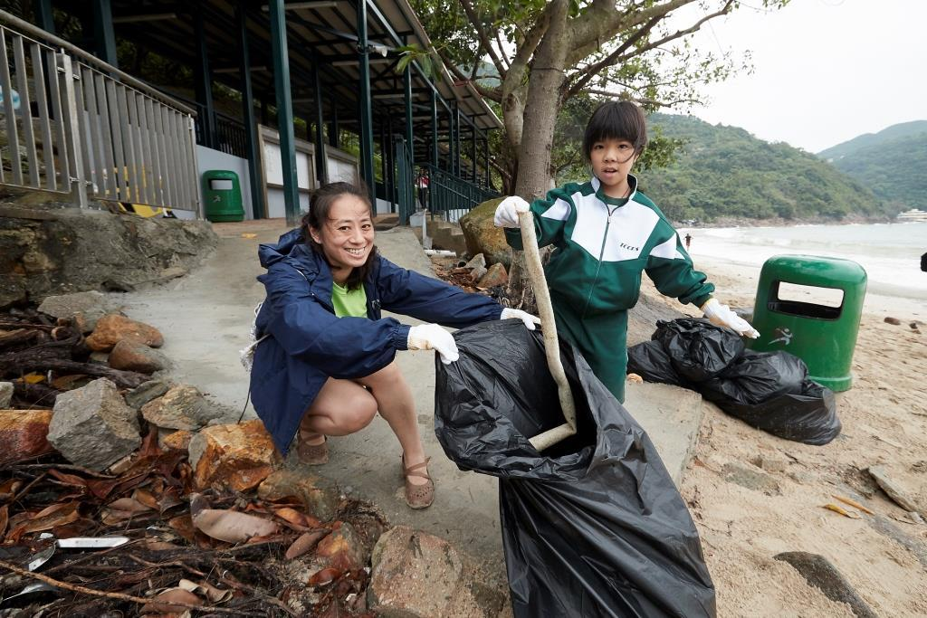 Watsons Water organised beach cleaning activity to educate children about environmental protection